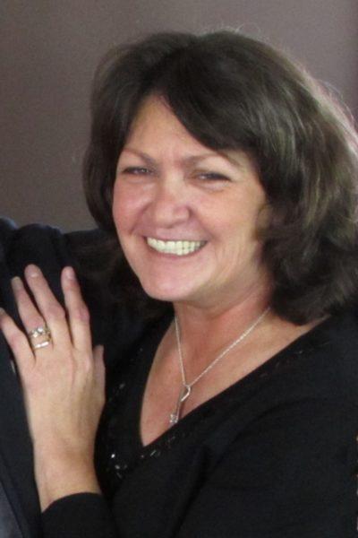 Barnes Family Funerals - Evonda Lou Carey